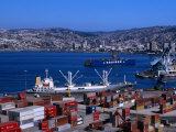 Cargo Ships in City Port, Valparaiso, Chile Fotoprint van Brent Winebrenner