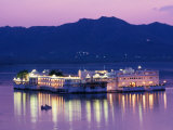 Lake Palace Hotel on Lake Pichola, Udaipur, Rajasthan, India Photographic Print by Greg Elms