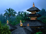 Pura Besakih Complex of 23 Temples, Gunung Agung, Indonesia Fotografisk tryk af Paul Beinssen
