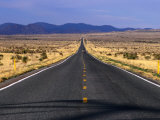 The Wide Open Road in South West New Mexico, New Mexico, USA Fotografie-Druck von Oliver Strewe