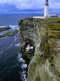 Lighthouse and Cliffs at Noup Head Rspb Reserve, Westray, Orkney Islands, Scotland Photographie par Gareth McCormack