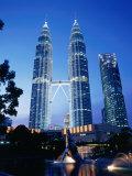 Petronas Twin Towers in Evening Light, Kuala Lumpur, Malaysia Photographic Print by Manfred Gottschalk