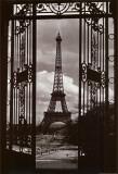 Torre Eiffel a través de las puertas Lámina por Eiffel, Alexandre-Gustave