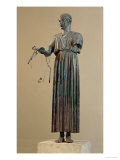 The Charioteer of Delphi, a Votive Offering from Polyzalos Lámina giclée por Sotades