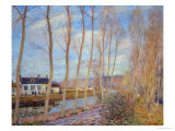 The Canal at Loing, 1892 Giclee Print by Alfred Sisley