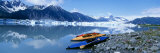Kayaks by the Side of a River, Alaska, USA Fotografie-Druck von Panoramic Images 