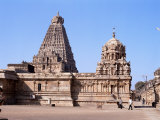 Vimana Tower and Central Shrine of Brihadisvara Temple, Tamil Nadu State Photographic Print by Richard Ashworth