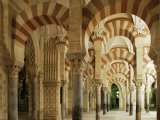 Interior of the Great Mosque, Unesco World Heritage Site, Cordoba, Andalucia, Spain Fotografie-Druck von Michael Busselle