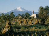 The Volcano of Popocatepetl, Puebla State, Mexico, North America Fotodruck von Robert Cundy