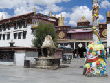 Jokhang Temple, the Most Revered Religious Structure in Tibet, Lhasa, Tibet, China Photographic Print by Ethel Davies