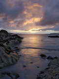 Beach at Sunset, Near Tully Cross, Connemara, County Galway, Connacht, Republic of Ireland Lámina fotográfica por Gary Cook