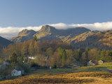 Elterwater Village with Langdale Pikes, Lake District National Park, Cumbria, England Fotoprint van James Emmerson