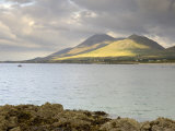Croagh Patrick Mountain and Clew Bay, from Old Head, County Mayo, Connacht, Republic of Ireland Papier Photo par Gary Cook