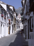 Street Scene in the White Village of Crazalema, Andalucia (Andalusia), Spain Photographic Print by Peter Higgins