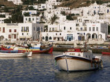 Fishing Boats and Harbour, Mykonos, Hora, Cyclades, Greece Stampa fotografica di Gavin Hellier