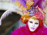 Portrait of a Person Dressed in Mask and Costume Taking Part in Carnival, Venice, Italy Fotografie-Druck von Lee Frost