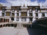 Drepung Lamasery (Monastery), Tibet, China Photographic Print by Peter Ryan