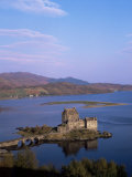 Eilean Donan Castle and Loch Duich, Highland Region, Scotland, United Kingdom Photographic Print by Hans Peter Merten