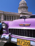 Classic American Car Outside the Capitolio, Havana, Cuba, West Indies, Central America Photographie par Lee Frost