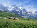 Jungfrau Railway and the Jungfrau, 13642 Ft., Bernese Oberland, Swiss Alps, Switzerland Impressão fotográfica por Hans Peter Merten