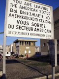Checkpoint Charlie, Border Control, West Berlin, Berlin, Germany Photographie par Michael Jenner