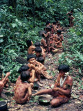 Yanomami on the Way to a Feast, Brazil, South America Lámina fotográfica por Robin Hanbury-tenison