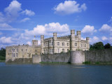 Leeds Castle, Near Maidstone, Kent, England, United Kingdom Photographic Print by David Hunter