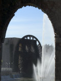 Fountain and Water Wheel on the Orontes River, Hama, Syria, Middle East Photographic Print by Christian Kober