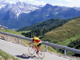 Cyclist Riding Over Sella Pass, 2244M, Dolomites, Alto Adige, Italy Stampa fotografica di Richard Nebesky