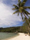 Loh Dalam Bay, Phi Phi Don Island, Thailand, Southeast Asia Photographie par Sergio Pitamitz