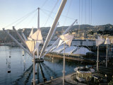 Bigo (Crane) by Renzo Piano, Old Port (Porto Antico), Genoa (Genova), Liguria, Italy Fotografisk tryk af Oliviero Olivieri