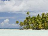 Blue Lagoon, Rangiroa, Tuamotu Archipelago, French Polynesia Islands Photographie par Sergio Pitamitz