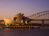 Opera House and Harbour Bridge, Sydney, New South Wales, Australia Fotografie-Druck von Sergio Pitamitz