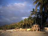Beach at Sayulita, Near Puerto Vallarta, Mexico, North America Photographie par James Gritz