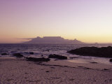View to Table Mountain from Bloubergstrand, Cape Town, South Africa, Africa Papier Photo par Yadid Levy