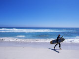 Surfer Walking with His Board on Kommetjie Beach, Cape Town, South Africa, Africa Photographie par Yadid Levy