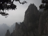 White Cloud Scenic Area, Mount Huangshan, Unesco World Heritage Site, Anhui Province, China Photographic Print by Jochen Schlenker