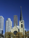 Holy Name Christian Cathedral and Tower Blocks of Near North of Downtown, Chicago, Illinois, USA Photographie par Robert Francis