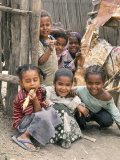 Village Children in Bati, Northern Highlands, Ethiopia, Africa Fotografie-Druck von Tony Waltham