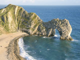 Wave-Cut Arch in Limestone Headland, Durdle Door, Jurassic Heritage Coast, Isle of Purbeck Fotografie-Druck von Tony Waltham