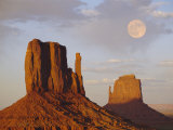 Mitten Butte Rocks, Monument Valley, Arizona, USA Photographic Print