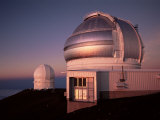 The Observatory, Big Island, Hawaii, Hawaiian Islands, USA Photographic Print by Alison Wright