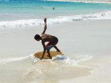 Beach Surfing at Santa Maria on the Island of Sal (Salt), Cape Verde Islands, Africa Photographie par  R H Productions