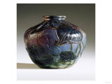 An Internally Decorated and Intaglio-Carved Favrile Glass Vase Art by Guiseppe Barovier