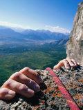 Climbers Hands Holding Onto Rock Ledge, Alberta, Canada Fotografisk tryk af Philip & Karen Smith