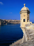 The Vedette at Senglea Overlooking the Grand Harbour, Valletta, Malta Fotoprint van Michael Gebicki