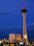 Stratosphere Tower, Las Vegas, Nevada Papier Photo par Richard Cummins