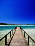 Jetty on Efate, Efate Island, Shefa, Vanuatu Photographie par Peter Hendrie