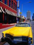Classic Open-Topped Car Parked on West 6Th Street, Austin, Texas Reproduction photographique par Richard Cummins