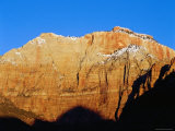 Mount Kinesava at Sunrise, from Watchman Campround, Zion National Park, Utah Fotoprint van Brent Winebrenner
